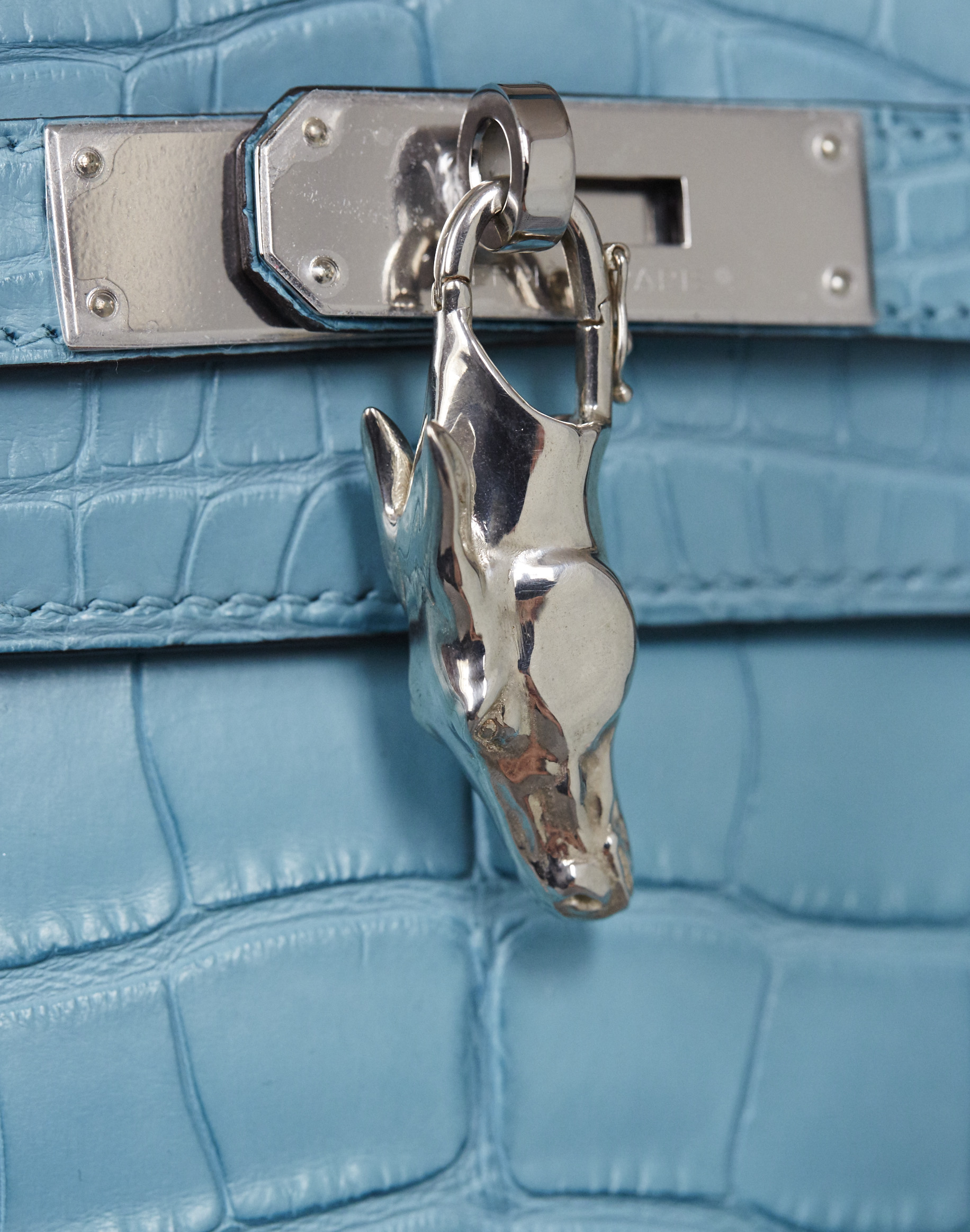Horses head shaped silver bag accessory for Hermes